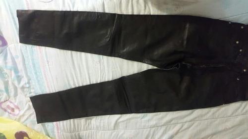 pantalón de cuero de mujer