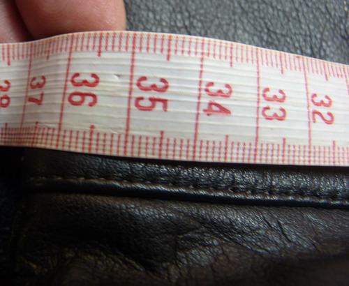 pantalón de cuero para dama talla 12.