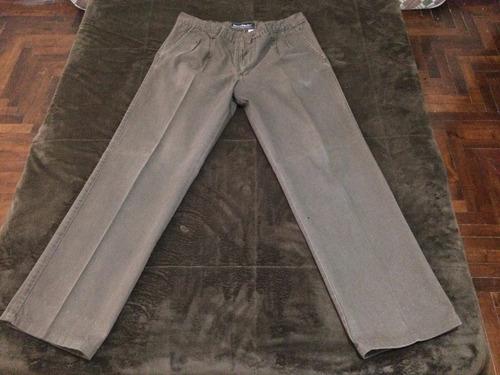 pantalon de gabardina pinzado kevingston marron