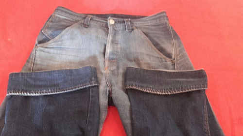 pantalón de jean levis