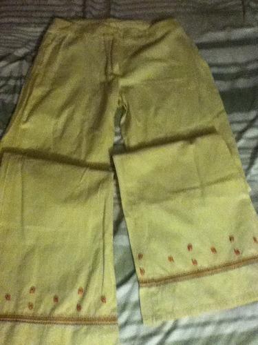 pantalón de mujer color crema benetton