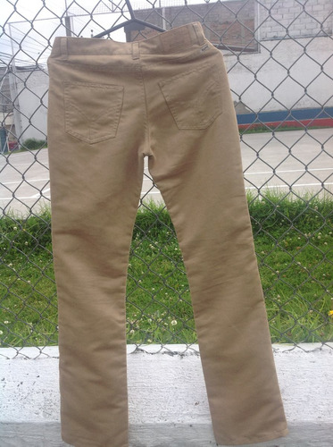 pantalon dubbster color dorado  cafe de $75 vendo $15 joven