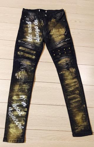 pantalon exclusivo con aplicaciones epd 1983