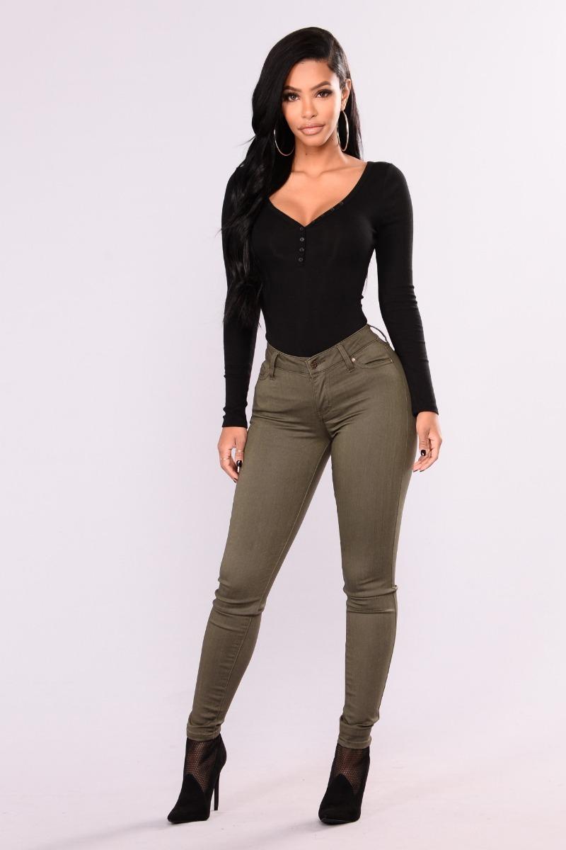0ce7554cc pantalón jeans de mujer talles especiales verde militar. Cargando zoom.