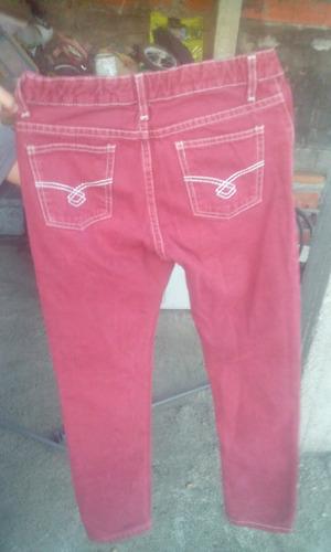 pantalon marca pck color vinotinto