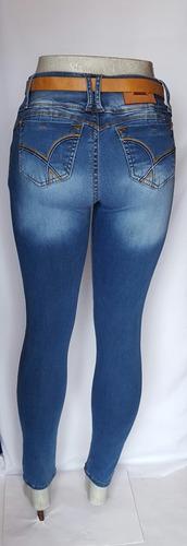 pantalón mezclilla dama con cinturón tela hiper-stretch