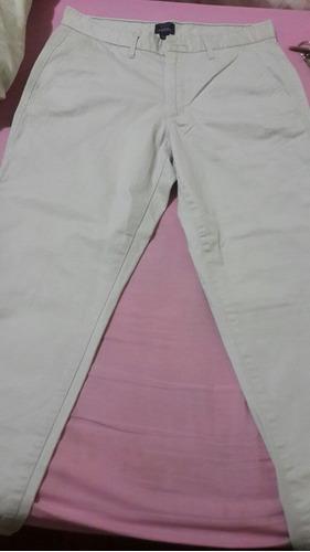 pantalón para caballero. tipo casual. marca gap