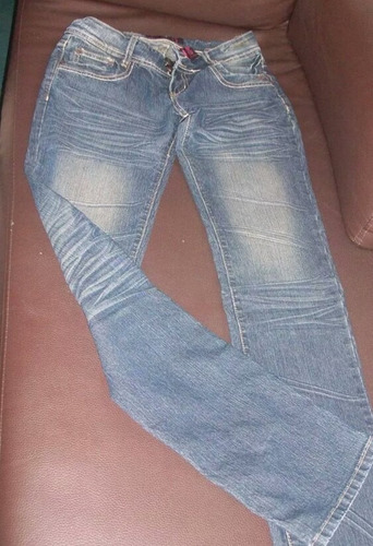 pantalon playboy