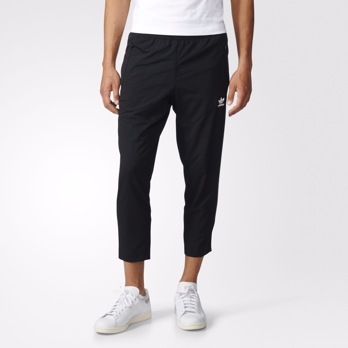 pantalón sudadera jogger adidas 7/8 blk/wvn. Cargando zoom.