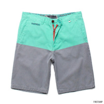 Short Modern Amusement Parker Blockhead Talla 32