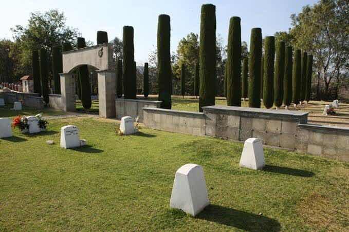 panteón los cipreses c/ 2 servicios funerarios gayosso