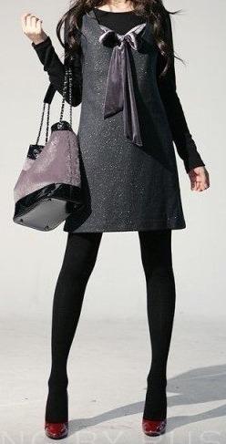 Minifalda negra en la plaza comercial ii - 2 part 6