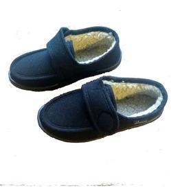 b98ad6fac4d687 Pantufa De Veludo Com Velcro
