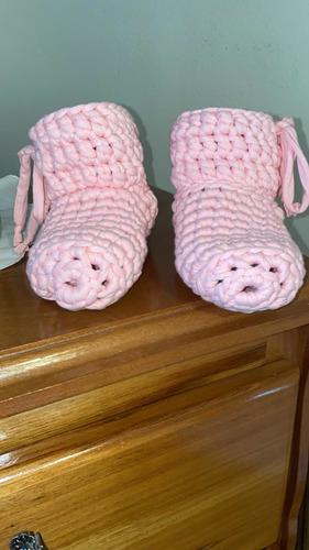 pantufas feitas a mão de crochê, quentinhas , unissex