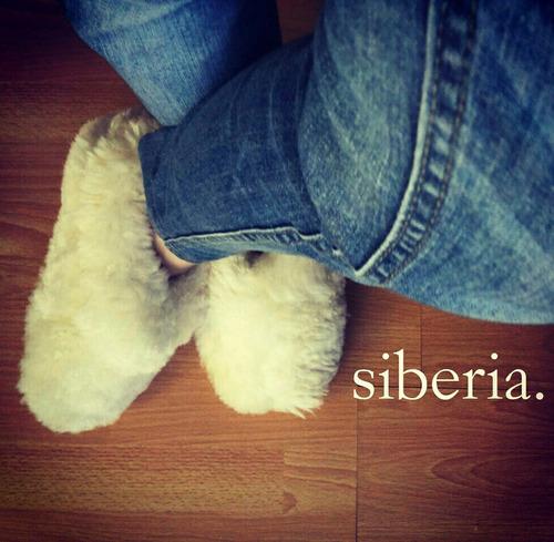 pantuflas de cuero y pelo de oveja