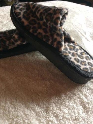 pantuflas leopardo único par