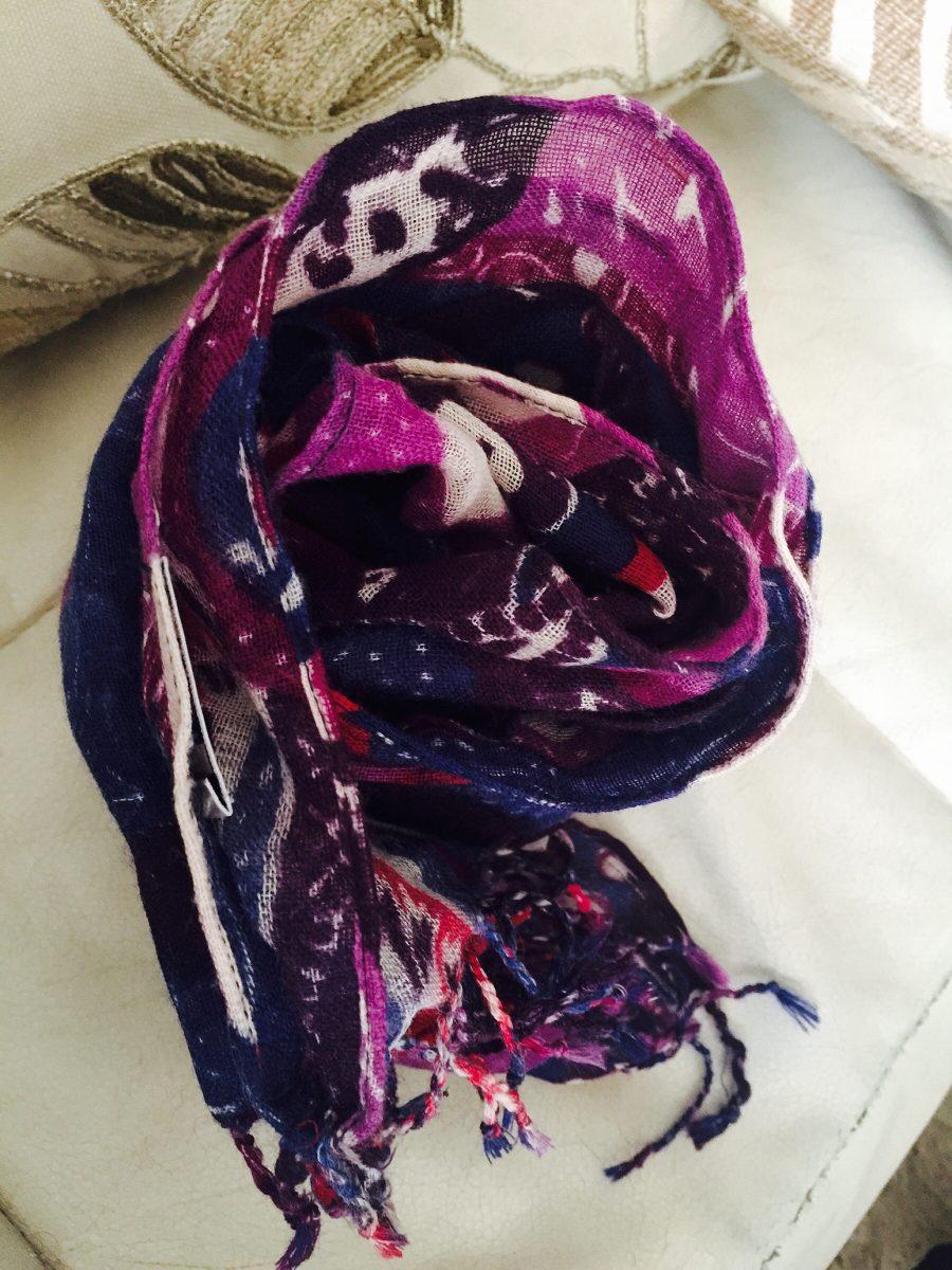 atractivo y duradero precio atractivo precio bajo Pañuelo Multicolor, Marca Adolfo Dominguez - $ 20.000