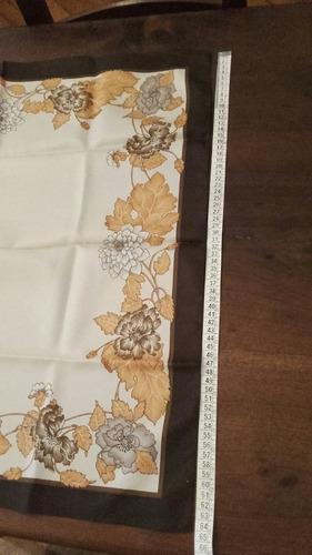 pañuelo vintage de mujer años 70s. importado de italia.