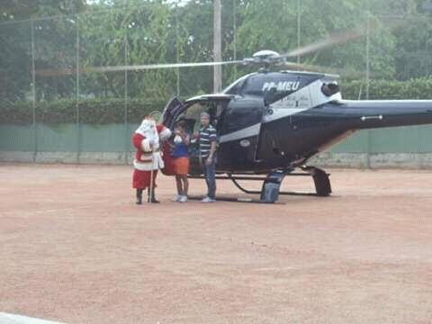 papai noel,  trono, cenários de natal, helicópteros  e carro