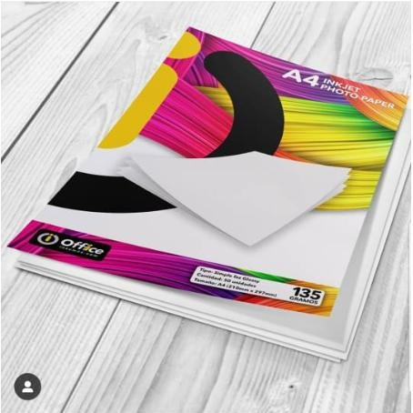 papel a4 glossy autoadhesivo 135gr x 50 office