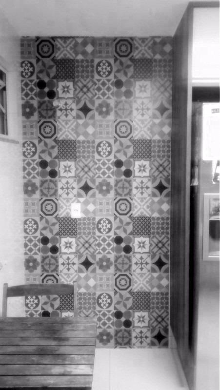 Papel de parede cozinha azulejo hidraulico cinza adesivo - Papel decorado para paredes ...