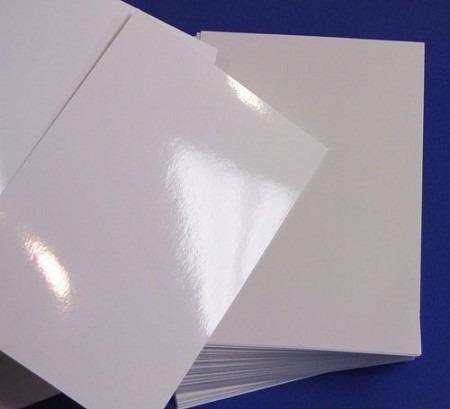 papel fotográfico adhesivo brillante 135 gr. x 50 hojas