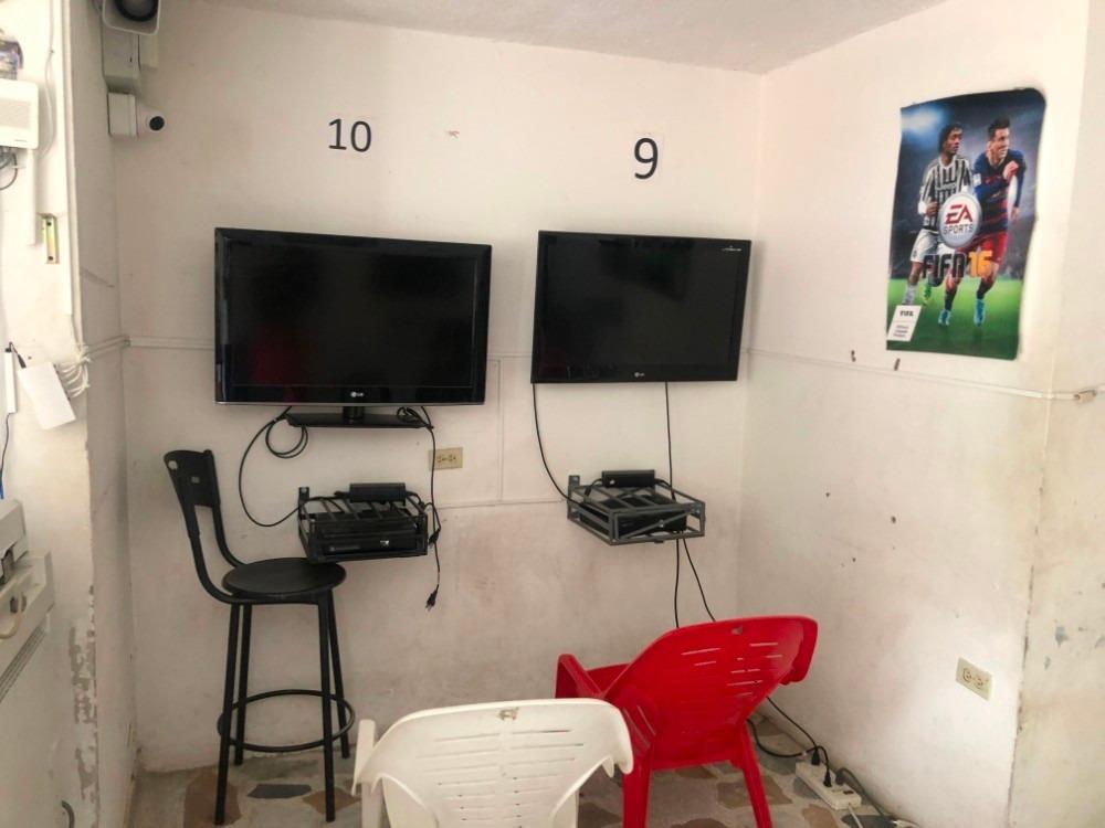 papeleria y video juego en la  universidad del tolima