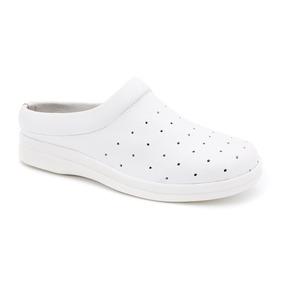 eb91b08ff6 Sandalia Tipo Crocs - Sapatos Branco no Mercado Livre Brasil