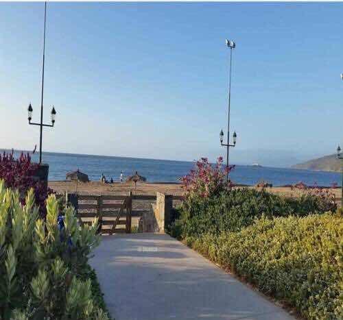 papudo laguna al frente de la playa