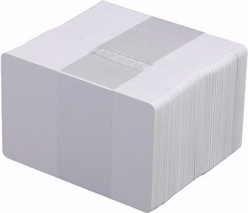 paquete con 100 tarjetas pvc