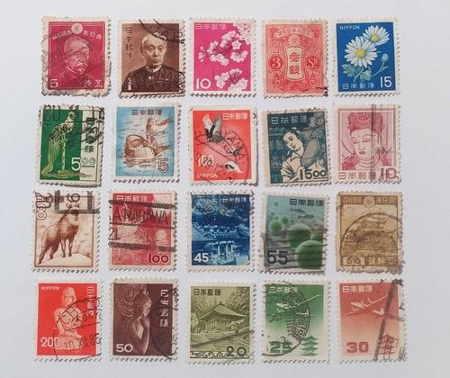 paquete con 1000 estampillas postales de varios países