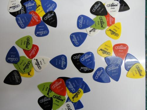 paquete con 350 puas para guitarra o bajo  alice picks *msi*