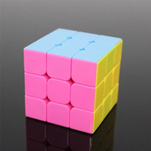 paquete de cubos guanlong 3x3 colores pastel, negro y blanco