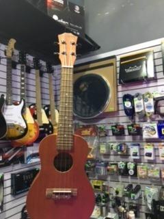 paquete de ukulele concierto c/ accesorios rockstar remate !