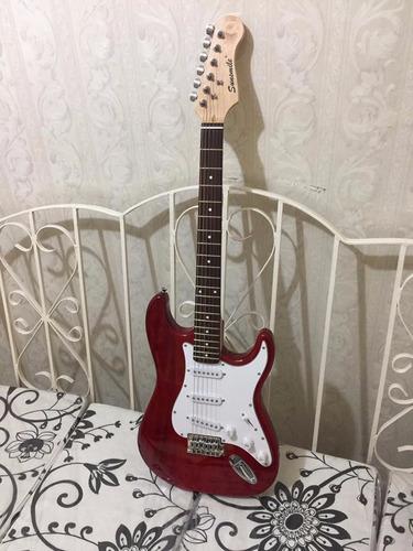 paquete, guitarra, amplificador, afinador, funda y thali