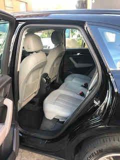paquete negro, inserciones en madera, asientos calefactables