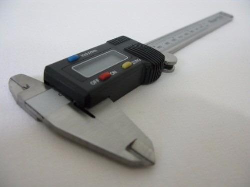 paquimetro digital 150mm profissional c/ estojo reforcado