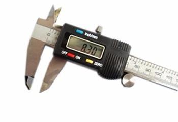 paquímetro digital profissional aço inox 150 mm com estojo.