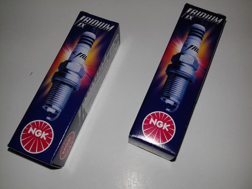 par (2 peças) vela iridium ngk dpr8eix9 cb 400 450 cbr sr