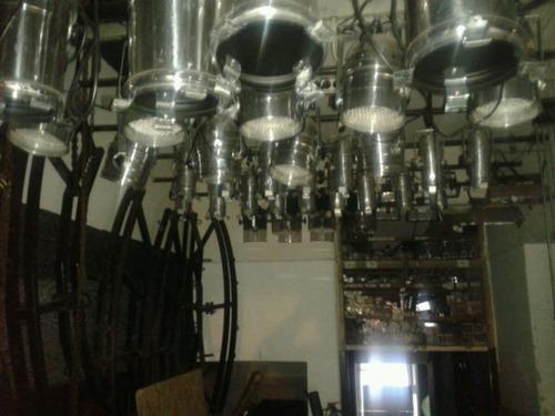 par 64, tachos vacios,sin lampara  nuevos  usa