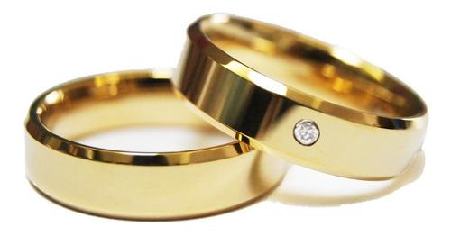 par de aliança com brilhante chanfrada 6mm banhada ouro 18k