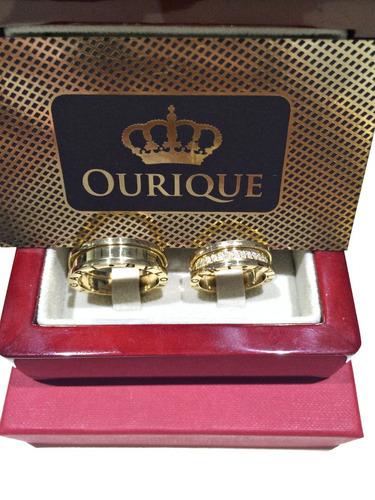 par de aliança em ouro 18k modelo 3d com diamantes luxo