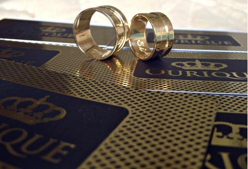 par de aliança grossa de ouro 18k 750 promoção 12x s/ juros