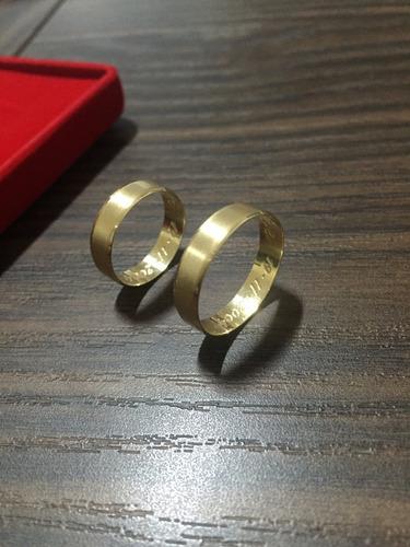 par de alianças em ouro 18k 6 gramas 5mm  noivado casamento