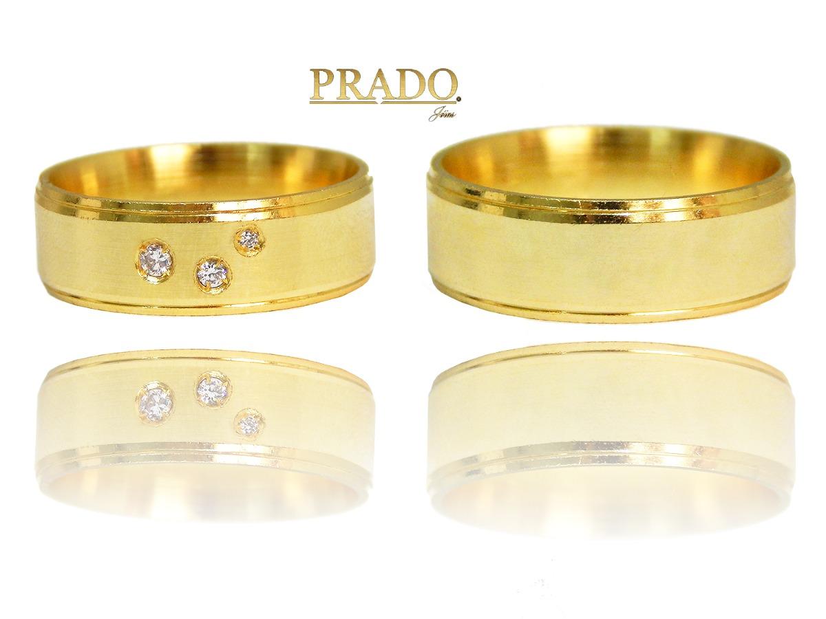422e2e6335f par de alianças em ouro 18k fosca com diamantes. Carregando zoom.