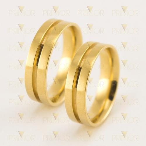 par de alianças em ouro modelo cardo com friso central al046