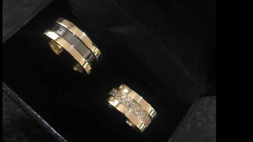 par de alianças em ouro pureza 18k cravejada e ródinada