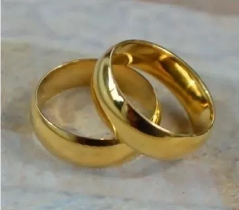 a5d5ac7e0d8 par de alianças namoro casamento compromisso noivado ouro 18. Carregando  zoom.