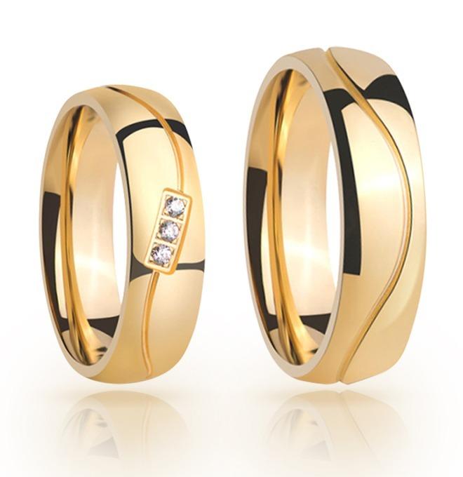 fa3a3e1dc26ab Par De Alianças Ouro 18k Abauladas De 5mm 10gr E 3 Diamantes - R  1.969