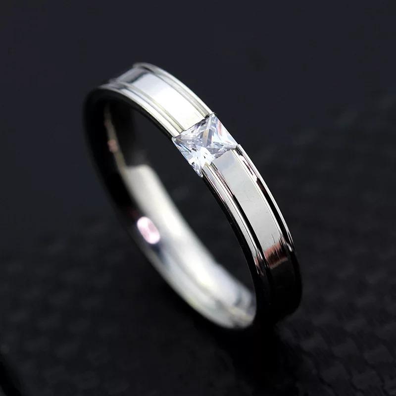 fcc8d38b7d83 par de anillos de pareja de acero inoxidable compromiso. Cargando zoom.